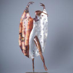 poranny taniec (morning dance) 2016, brąz, aluminium, granit (bronze, aluminium, granite) 55x26x20 cm